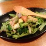 アボガドとスモークサーモンのサラダ