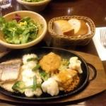 肉と魚両方メインの定食