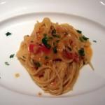 スパゲッティーニ ウニと完熟フルーツトマトのソース