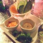 色々野菜と2種類のDIP