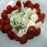 トマトとモッツァレラ