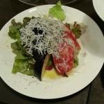 水茄子とトマトとしらすのサラダ