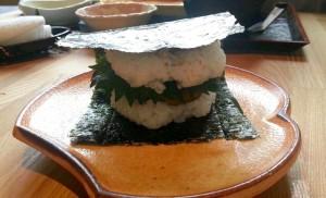 マグロ味噌バーガー